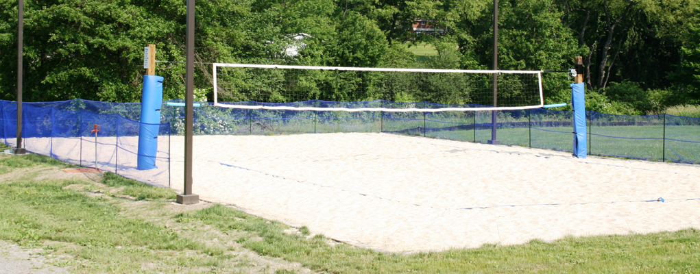 Volleyball Co-ed League Sign-ups start April 26th and ends May 16th. Stop in for more information and Sign-up your team